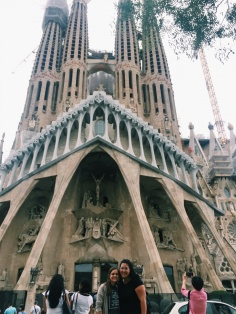 La Sagrada ft. scaffolding